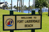 Fort Lauderdale Beach Welcome Sign — Stock Photo