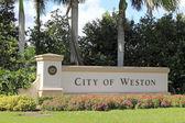 Entrance Sign City of Weston — Stock Photo