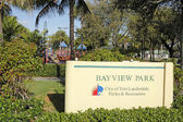 Bayview Park Sign on Bayview Drive — Stock fotografie