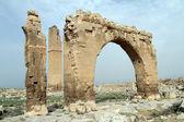 Arco e minarete — Foto Stock
