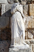 Statue and wall — Stock Photo