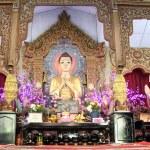 Burmese buddhas — Stock Photo #18785171