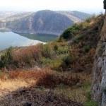 Lake and wall — Stock Photo