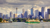 Sydney Skyline and Ferry — Foto de Stock
