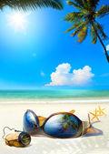 Art romantic sea beach. Women's Glasses and Champagne cork on sa — Stock Photo