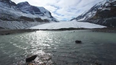 Athabasca glacier jasper nationalpark — Stockvideo