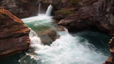 Saint Mary Falls Glacier National Park — 图库视频影像