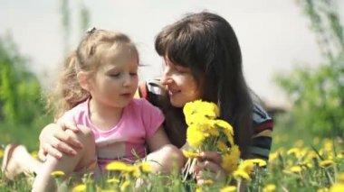 Tender feelings mom and child — Stock Video