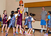 Young Girls Basketball — Stock Photo