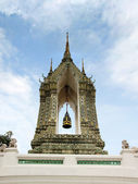 Bell at Wat Phra Kaew Grand Palace in Bangkok — ストック写真