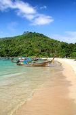 Beach at Andaman sea, Thailand — Stock Photo