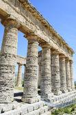 Classic Greek (Doric) Temple at Segesta, Sicily, Italy — Stock Photo