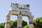Templo de pollux e castor no fórum romano, itália — Fotografia Stock