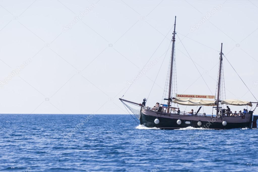 Tourist boat near Dubrovnik, Croatia — Stock Photo #18299915