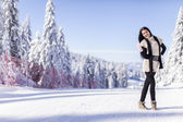 Young woman on the mountain — Stock Photo