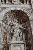 Saint Longinus in St. Peter's Basilica — Stock Photo