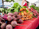 Organic vegetables on the market — Stock Photo