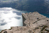 Tourists on Pulpit Rock / Preikestolen, Norway — Stock Photo