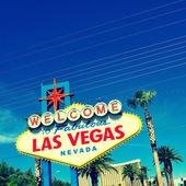 Välkommen till fabulous las vegas-skylten — Stockfoto