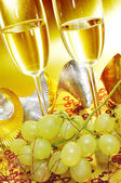 Spanish cava and the grapes of luck — Stock Photo