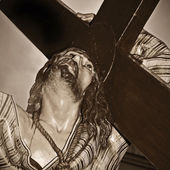 Jesus Christ carrying the holy cross — Stock Photo