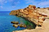 フォル メンテラ島、バレアレス諸島、スペインのプンタ デ sa ミラ海岸 — ストック写真