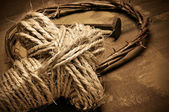 Rope cross, crown of thorns and nails — Stock Photo