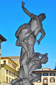 The Rape of the Sabine Women in the Loggia dei Lanzi, in Florenc — Stock Photo
