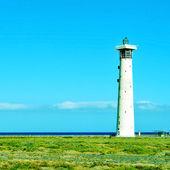 Farol de morro jable em fuerteventura, ilhas canárias, espanha — Fotografia Stock