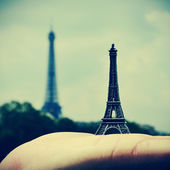 The Eiffel Tower in Paris, France — Stock Photo