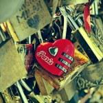 Love in Paris, France — Stock Photo #27838935