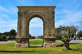 Arc de Bera, an ancient roman triumphal arch in Roda de Bera, Sp — Stock Photo