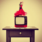 Old-fashioned spanish living room, with a flamenca doll in top o — Foto de Stock