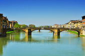 Arno River and Ponte Santa Trinita bridge in Florence, Italy — Stock Photo