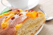 Coca de Sant Joan, typical sweet flat cake from Catalonia, Spain — Stock Photo