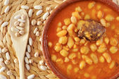 Potaje de judias y garbanzos, a traditional spanish legume stew — Stock Photo