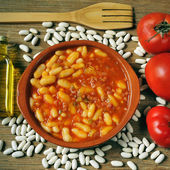 Potaje de judias, spanish white beans stew — Stock Photo