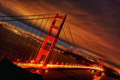 Sonnenuntergang an der golden gate bridge — Stockfoto