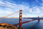 Beroemde weergave van de golden gate bridge — Stockfoto