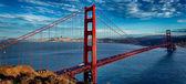панорамным видом на знаменитый мост золотые ворота — Стоковое фото