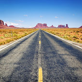 Long road — Foto de Stock