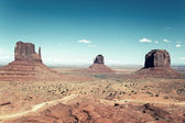 The famous landscape of Monument Valley — Stock Photo
