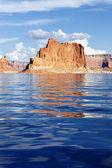 Vertikal syn på lake powell — Stockfoto