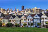 View from Alamo Square at twilight — Foto Stock