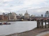 Řeka Temže v Londýně — Stock fotografie