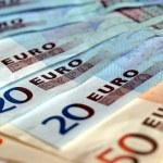 Euros — Stock Photo #20930531