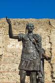 Kaiser trajan statue — Stockfoto