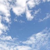雲と青い空 — ストック写真