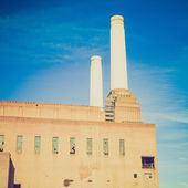 Vintage look Battersea Powerstation London — Stock Photo