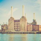 ヴィンテージ バタシー powerstation ロンドンを見る — ストック写真